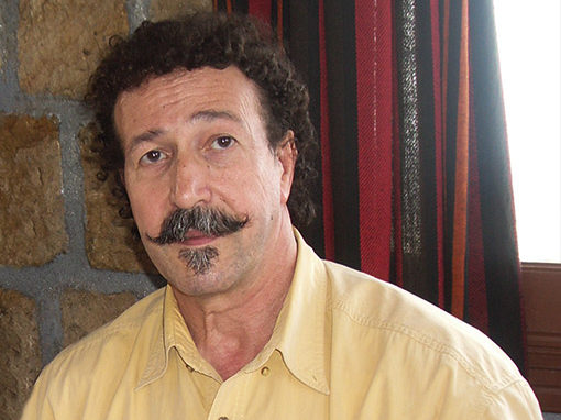 2012- Lounis Aït Menguellet, Kabyle en tête
